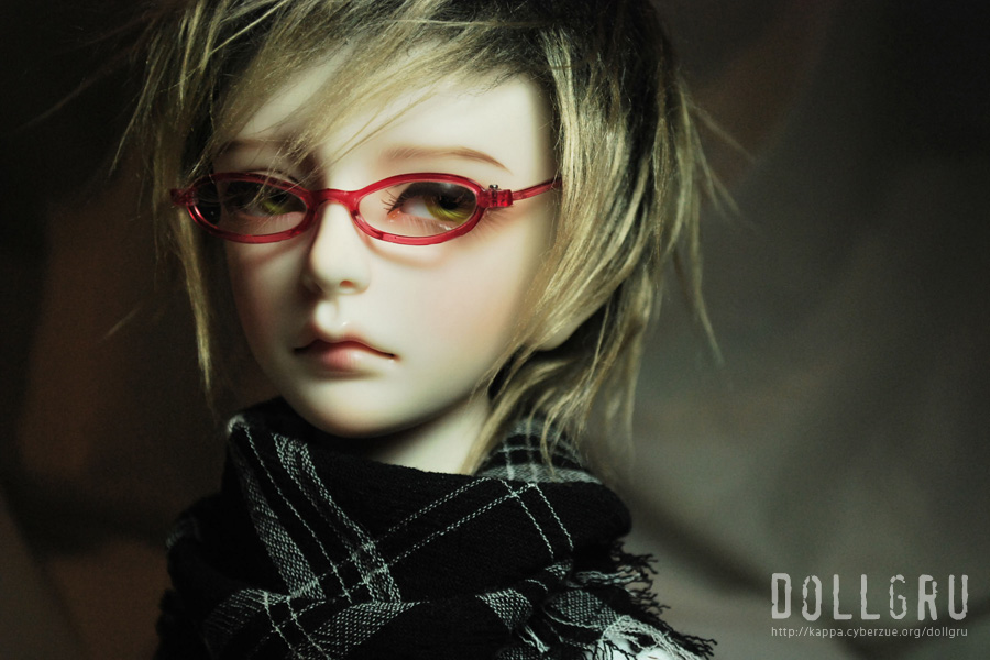 dollgru-dark09-001